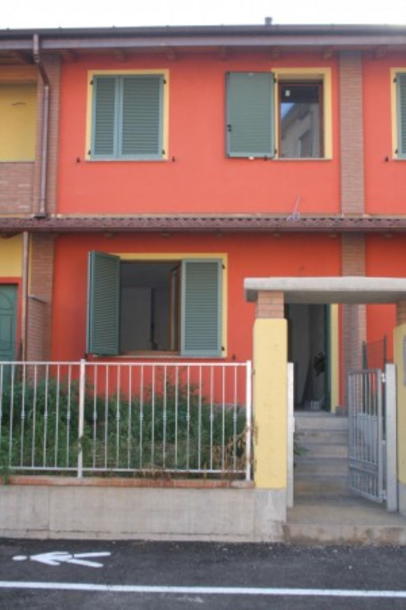 Villa a Schiera in vendita a Casalmorano, 4 locali, prezzo € 190.000 | Cambio Casa.it