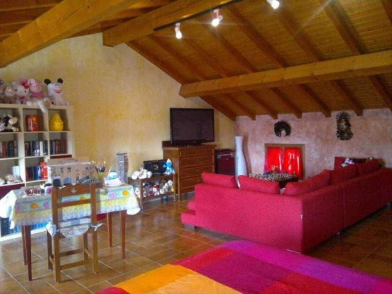 Soluzione Indipendente in vendita a Azzanello, 6 locali, prezzo € 195.000 | Cambio Casa.it