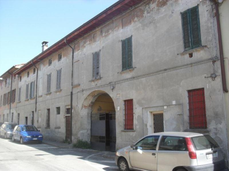 Palazzo / Stabile in vendita a Casalmorano, 6 locali, prezzo € 430.000 | Cambio Casa.it