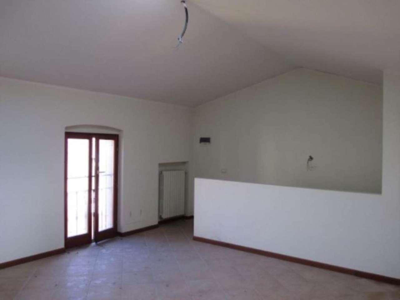 Appartamento in vendita a Soresina, 3 locali, prezzo € 96.000 | Cambio Casa.it