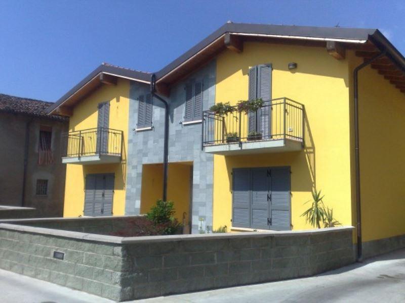 Villa a Schiera in vendita a Soresina, 4 locali, prezzo € 190.000 | Cambio Casa.it