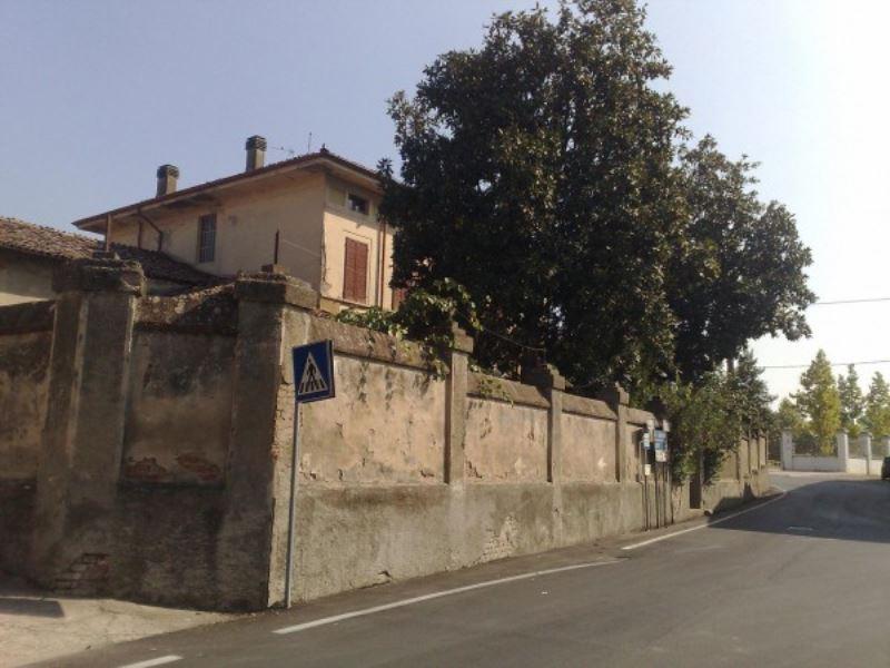 Soluzione Indipendente in vendita a Acquanegra Cremonese, 6 locali, prezzo € 150.000 | Cambio Casa.it