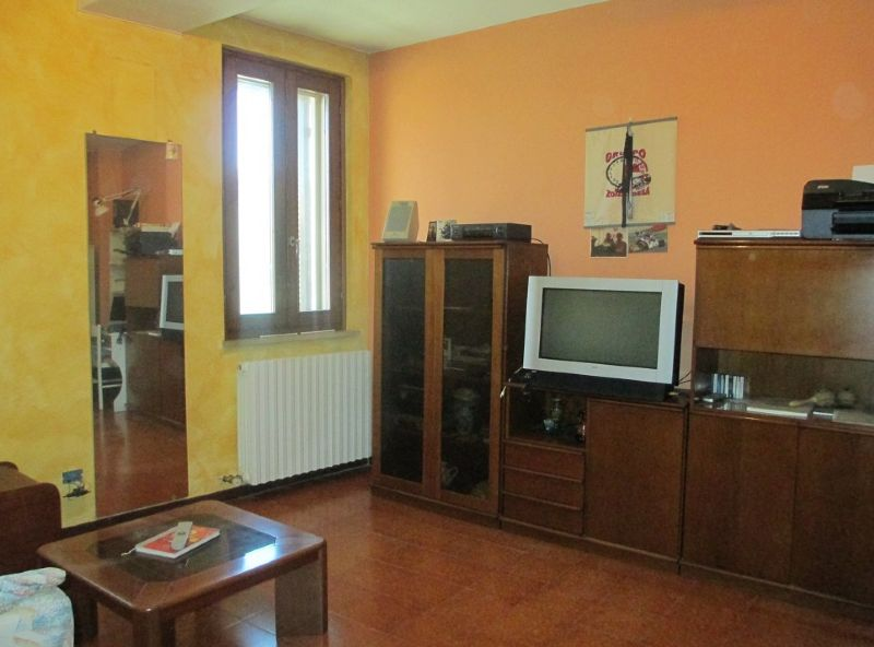 Palazzo / Stabile in vendita a Casalmorano, 4 locali, prezzo € 95.000 | Cambio Casa.it