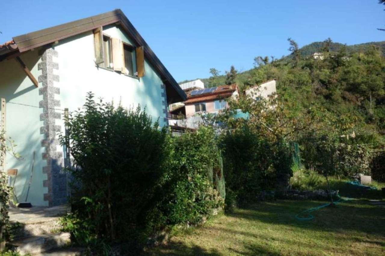 Soluzione Indipendente in vendita a Genova, 4 locali, prezzo € 210.000   Cambio Casa.it