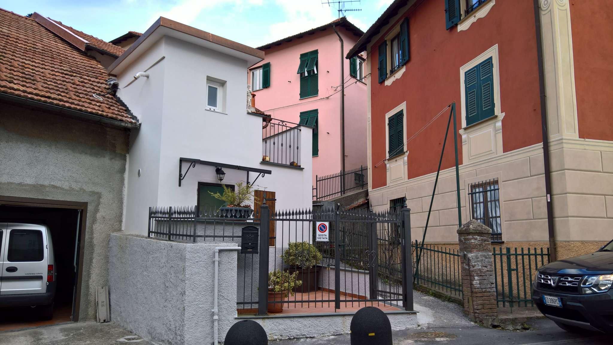 Soluzione Semindipendente in vendita a Savignone, 3 locali, prezzo € 90.000 | Cambio Casa.it