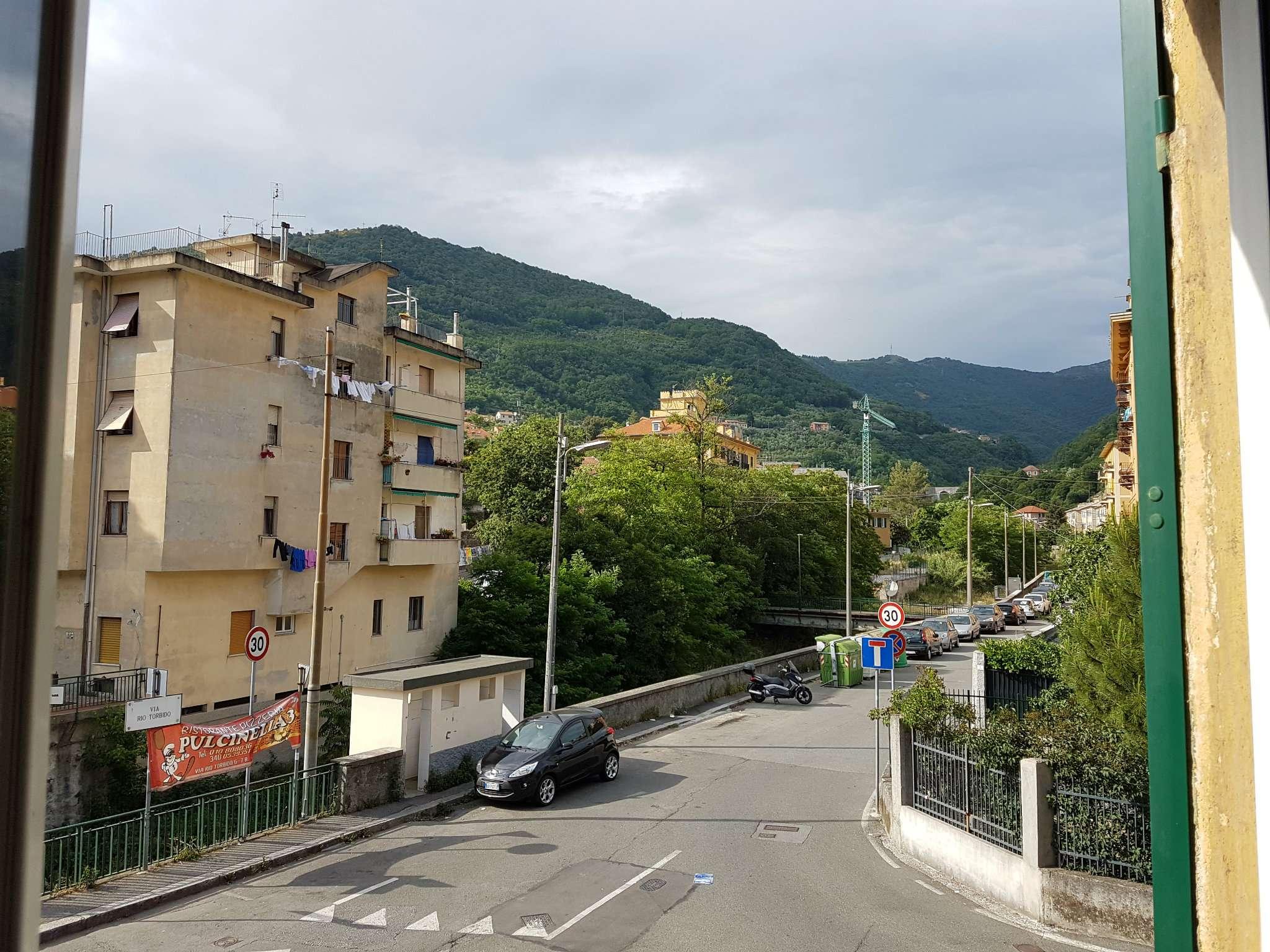 Appartamento in affitto a Genova, 3 locali, prezzo € 430   CambioCasa.it