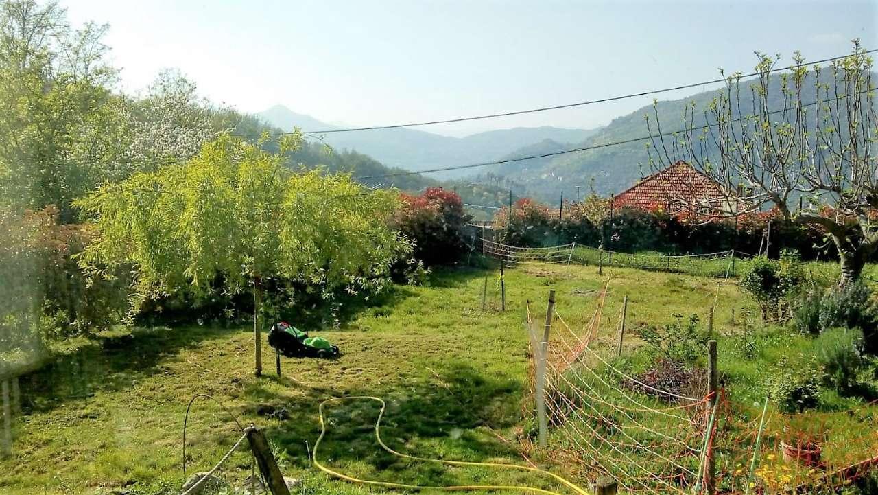 Foto 1 di Casa indipendente via Spallarossa, Genova (zona Fontanegli)