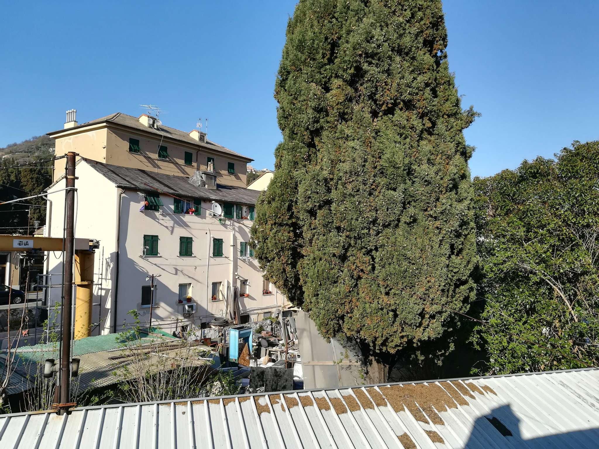Foto 1 di Casa indipendente vico del torrente, Genova (zona Marassi-Staglieno)