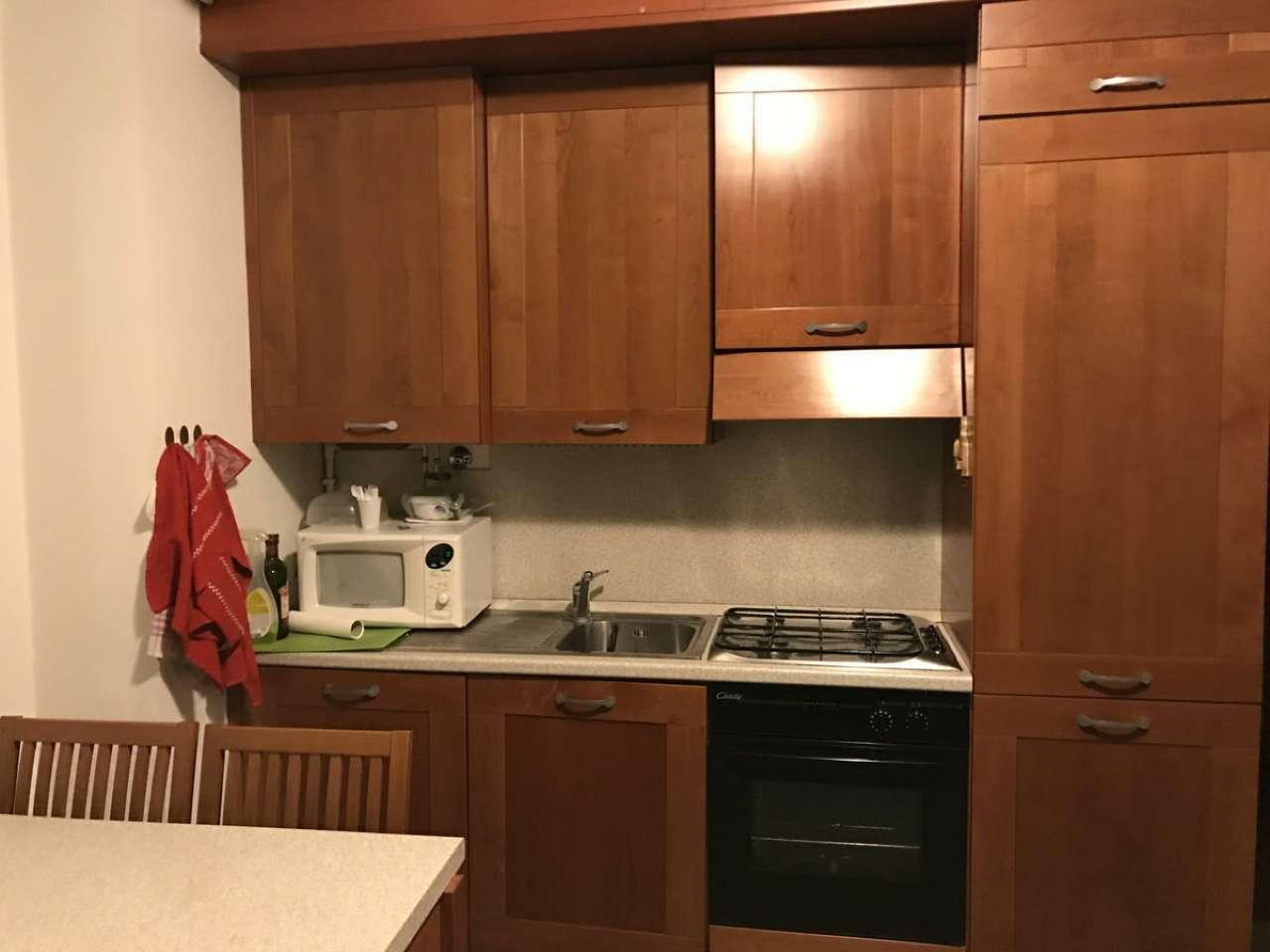 Appartamento in affitto a Milano, 2 locali, zona Zona: 8 . Bocconi, C.so Italia, Ticinese, Bligny, prezzo € 950 | Cambio Casa.it