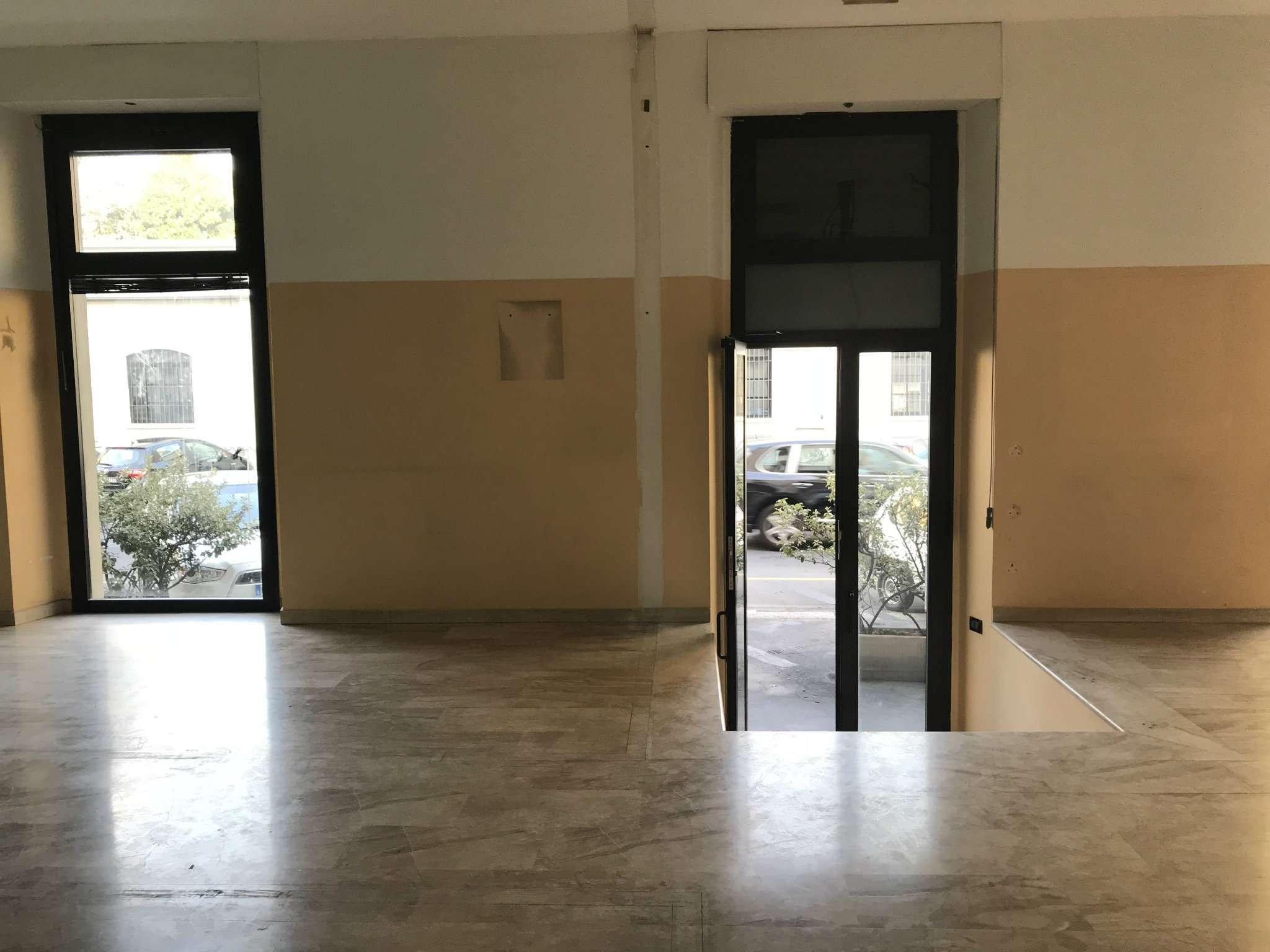 Ufficio-studio in Affitto a Milano 06 Italia / Porta Romana / Bocconi / Lodi:  5 locali, 140 mq  - Foto 1