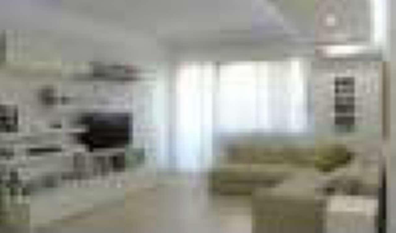 Appartamento in Vendita a Milano 20 Bicocca / Crescenzago / Cimiano: 2 locali, 70 mq
