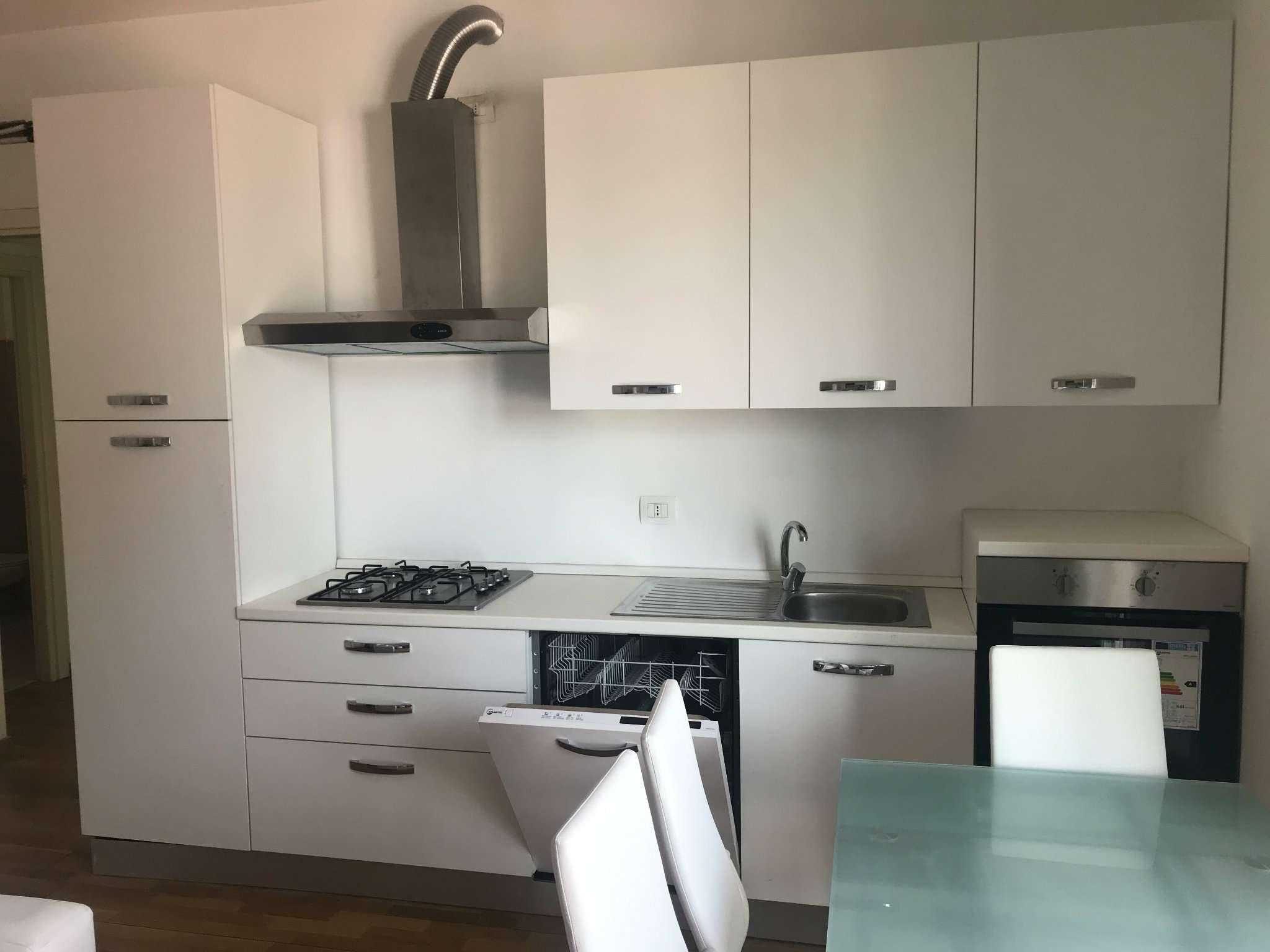 Appartamento in Vendita a Milano 30 Niguarda / Bovisasca / Testi / Bruzzano / Affori / Comasina: 3 locali, 85 mq
