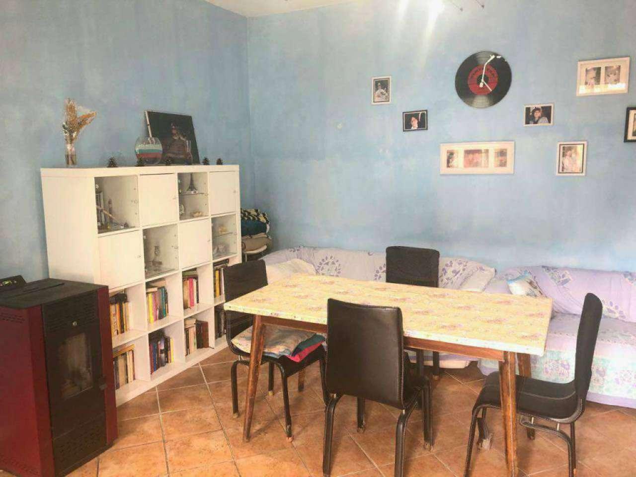 Casa indipendente in Vendita a Chignolo Po: 4 locali, 230 mq