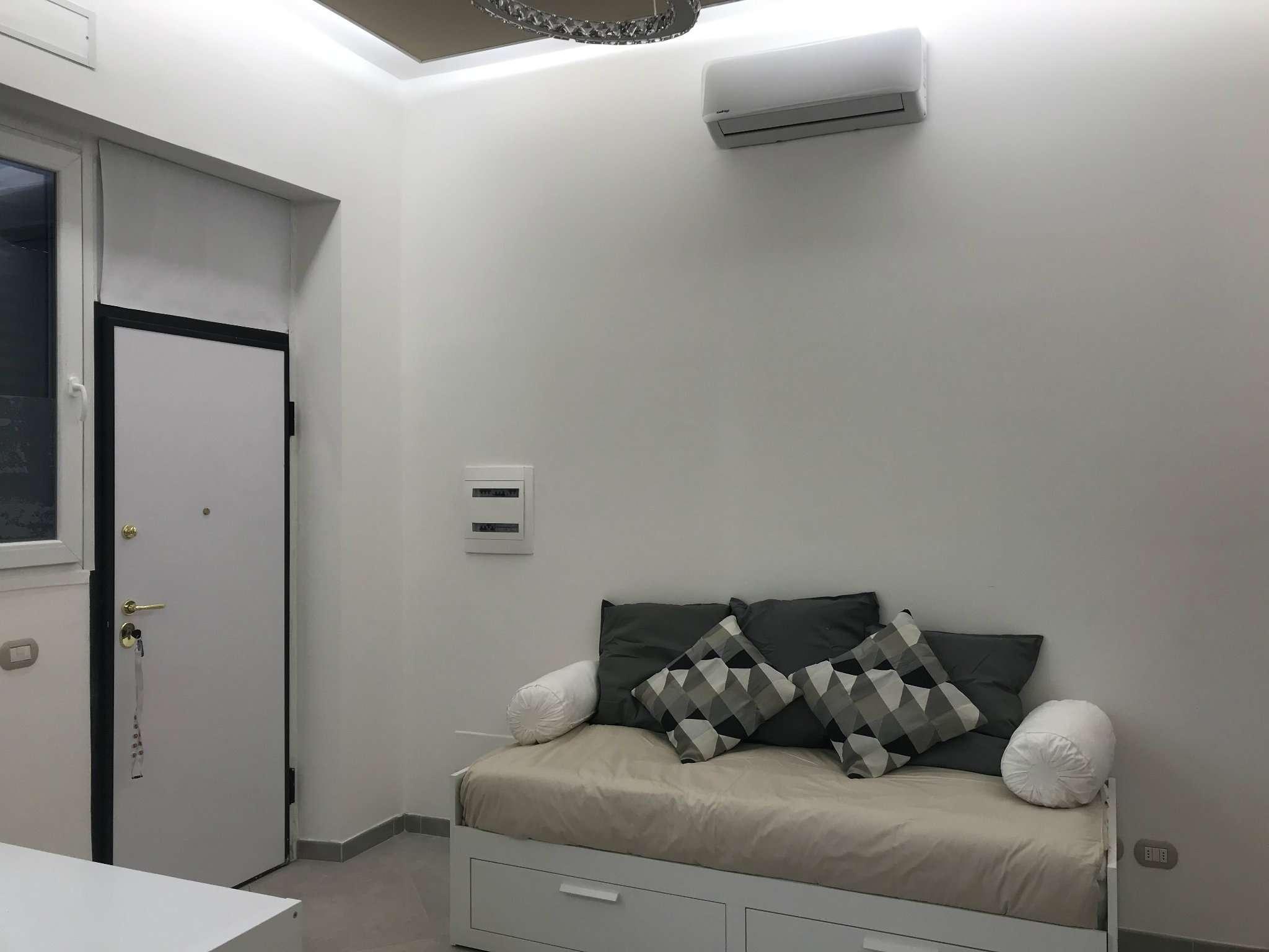 Appartamento in Affitto a Milano 06 Italia / Porta Romana / Bocconi / Lodi: 1 locali, 42 mq