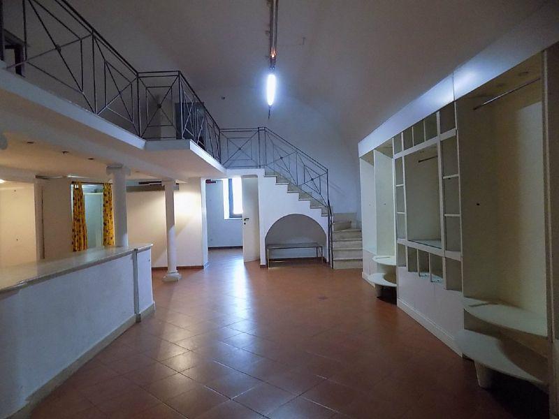 Negozio / Locale in vendita a Marino, 1 locali, prezzo € 150.000 | Cambio Casa.it