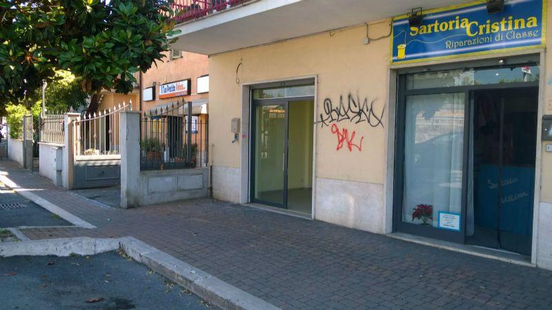 Negozio / Locale in affitto a Marino, 1 locali, prezzo € 650 | Cambio Casa.it