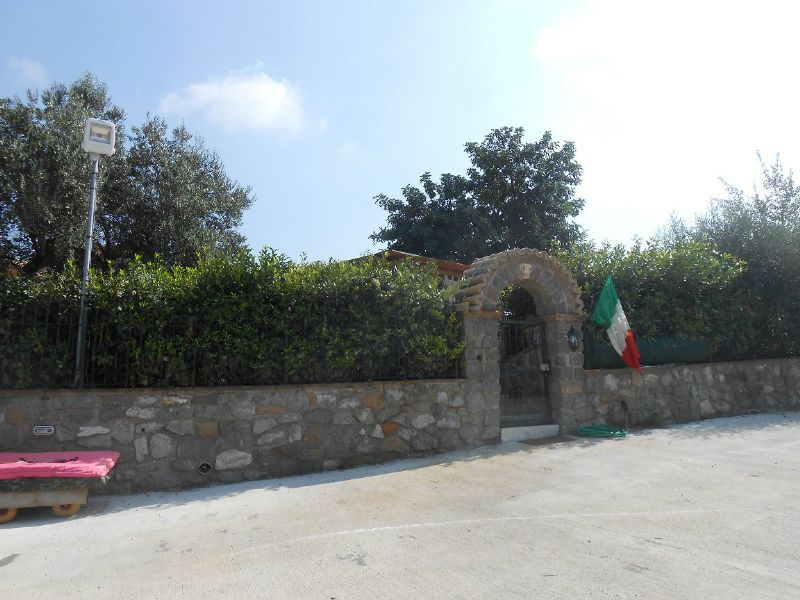 Villa Bifamiliare in affitto a Ciampino, 4 locali, prezzo € 1.400 | Cambio Casa.it