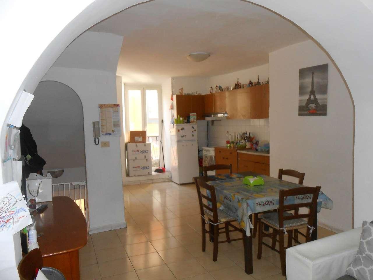 Appartamento in affitto a Marino, 3 locali, prezzo € 550 | CambioCasa.it