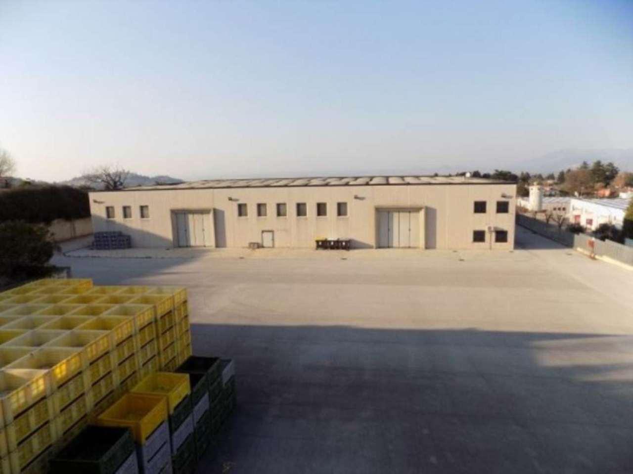 Capannone in vendita a San Cesareo, 6 locali, Trattative riservate | Cambio Casa.it