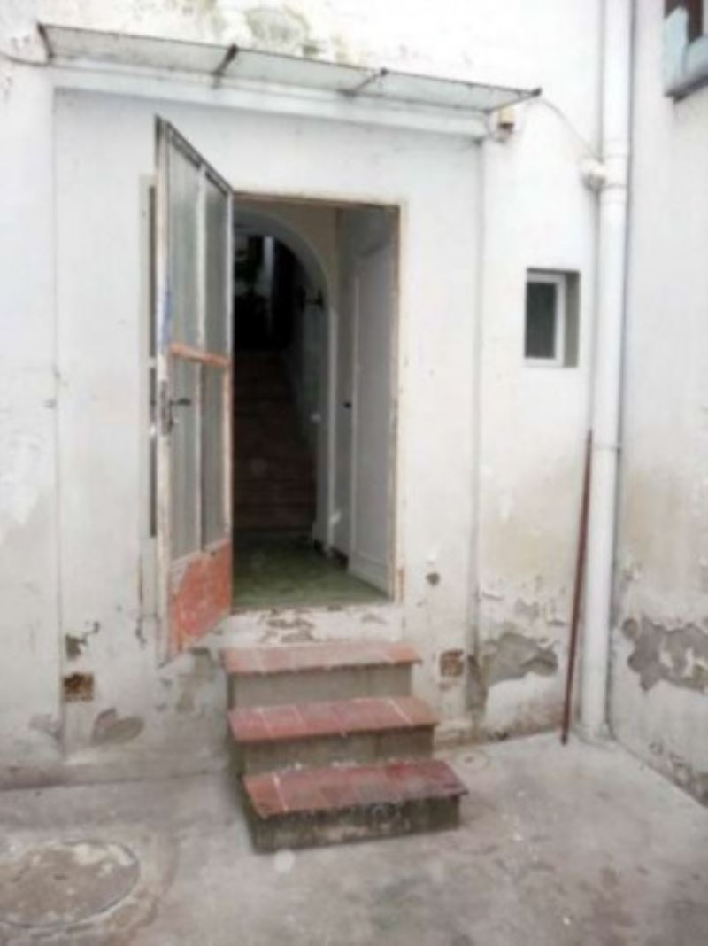 Bilocale Fiesole Via Marini 9