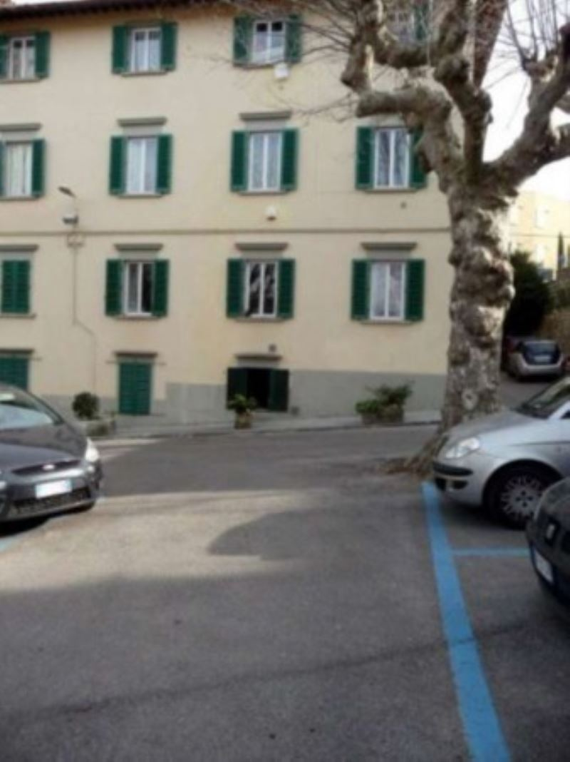 Bilocale Fiesole Via Marini 10