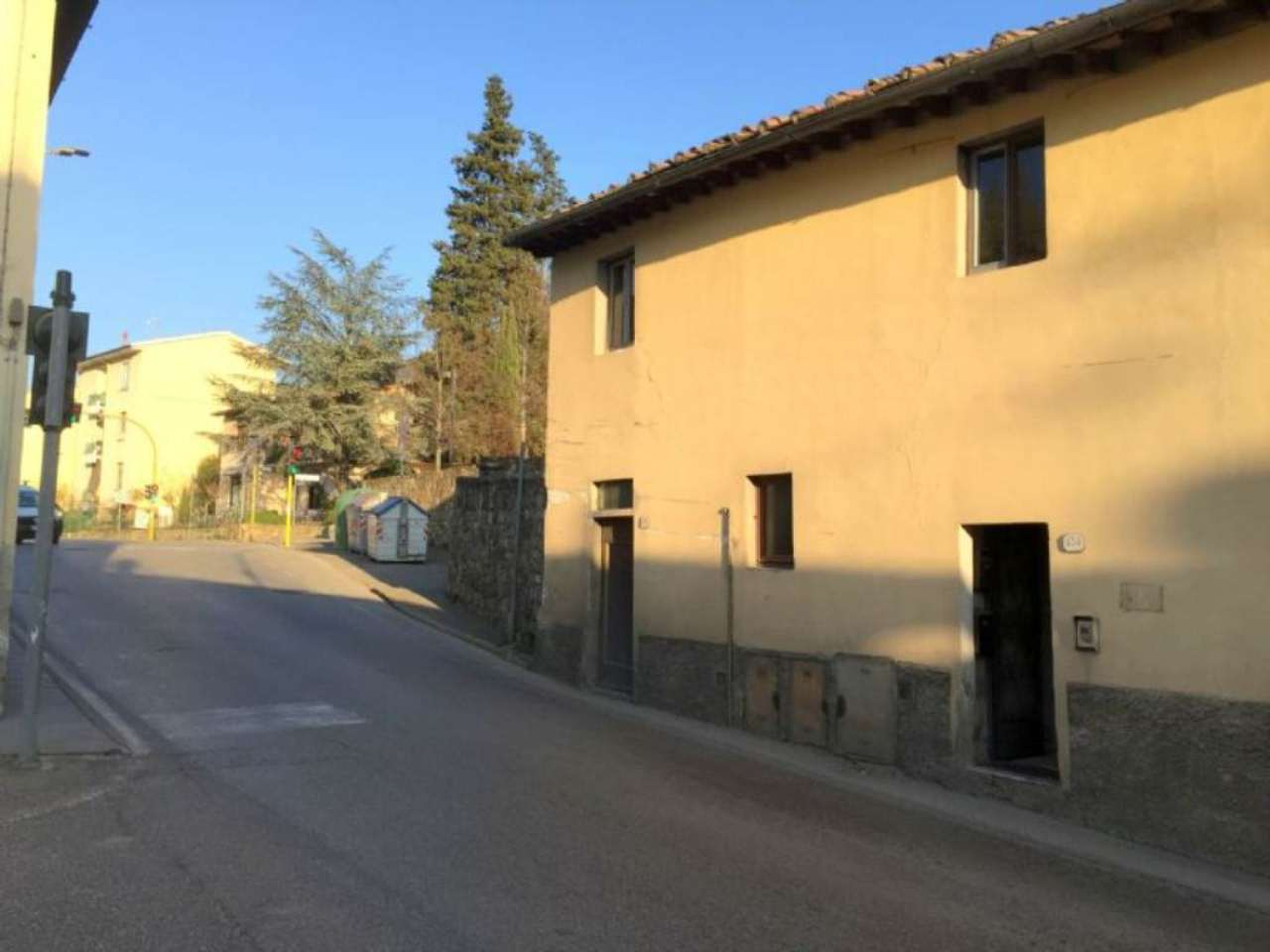 Appartamento in Vendita a Fiesole Centro: 4 locali, 55 mq