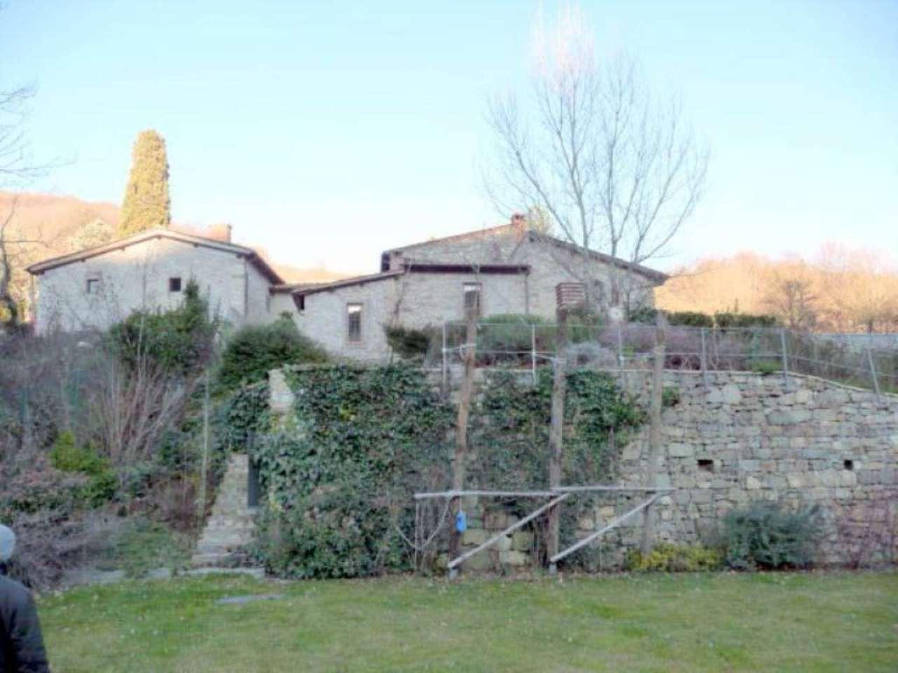 Rustico / Casale in vendita a Pontassieve, 6 locali, prezzo € 800.000 | CambioCasa.it