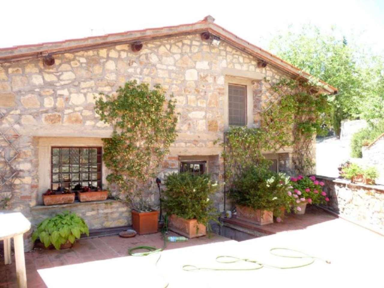 Rustico / Casale in vendita a Pontassieve, 6 locali, prezzo € 465.000 | CambioCasa.it
