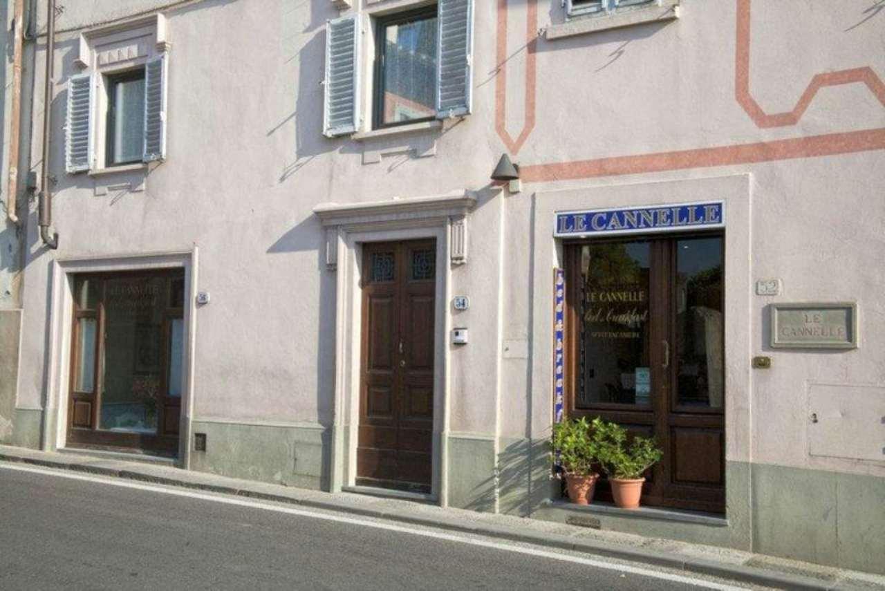 Albergo in Vendita a Fiesole Centro: 5 locali, 216 mq