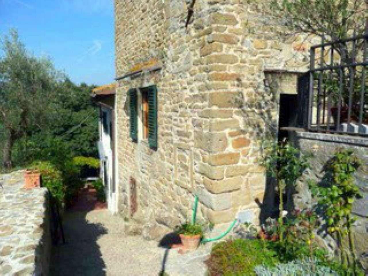Palazzo / Stabile in affitto a Fiesole, 3 locali, prezzo € 850 | Cambio Casa.it