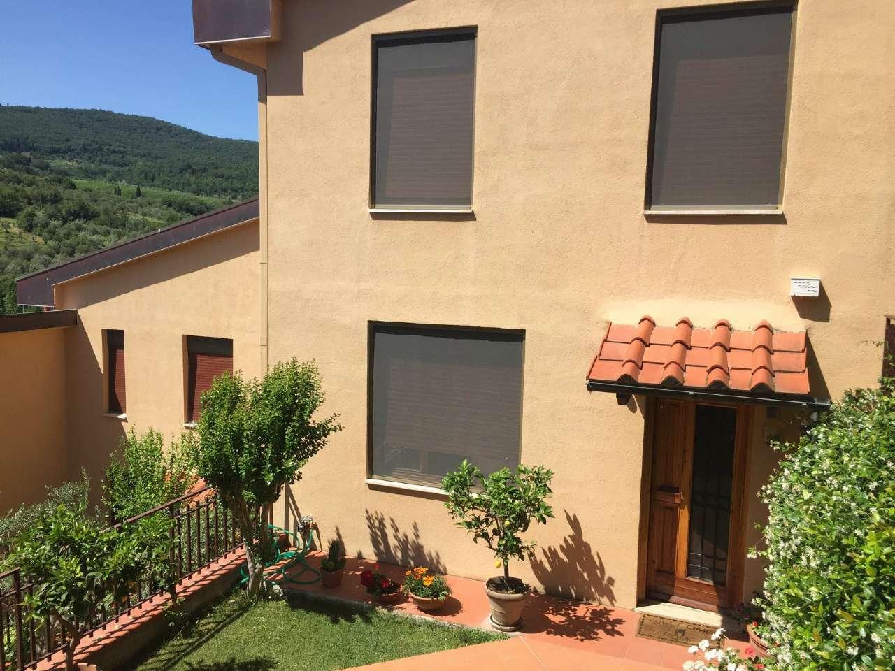 Villetta in Vendita a Fiesole Periferia: 5 locali, 150 mq
