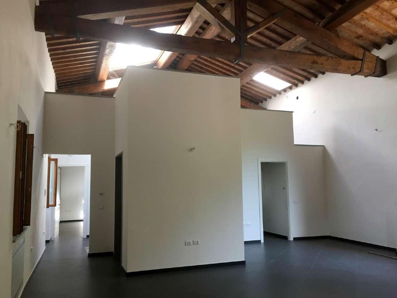 Appartamento in Vendita a Fiesole Centro: 5 locali, 410 mq