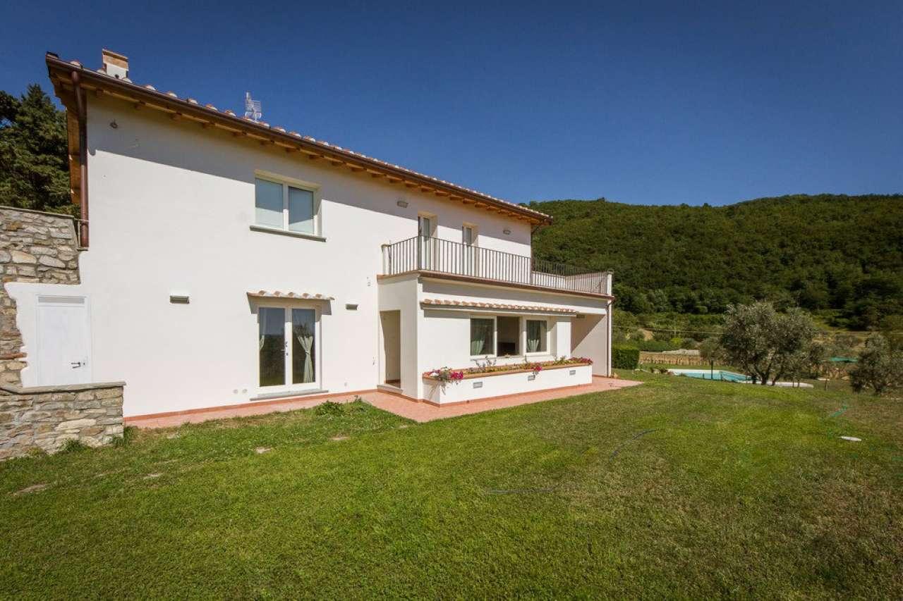 Villa in Vendita a Fiesole Periferia: 596 mq