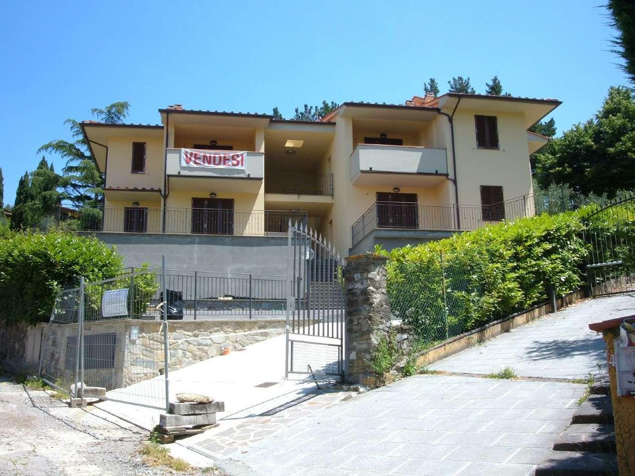 Appartamento in Vendita a Londa Centro: 4 locali, 85 mq