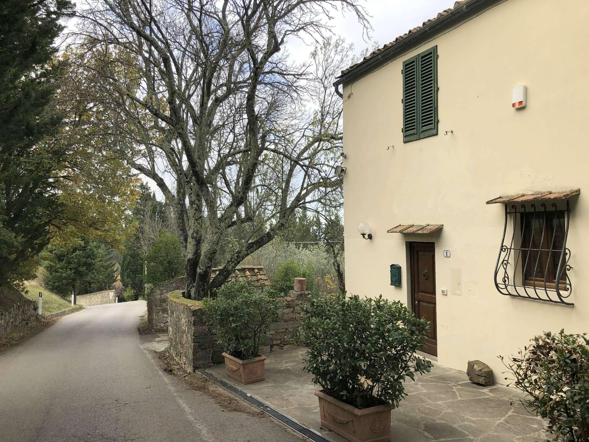 Appartamento in Affitto a Fiesole Periferia: 4 locali, 70 mq