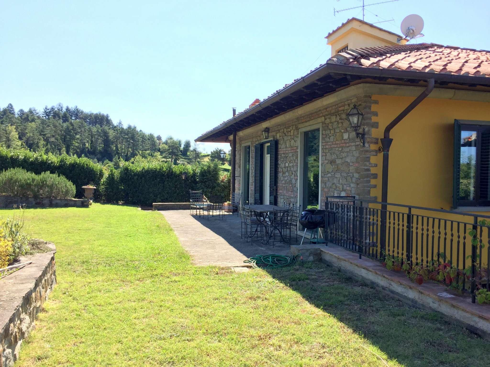 Villa in Vendita a Fiesole Periferia: 5 locali, 190 mq