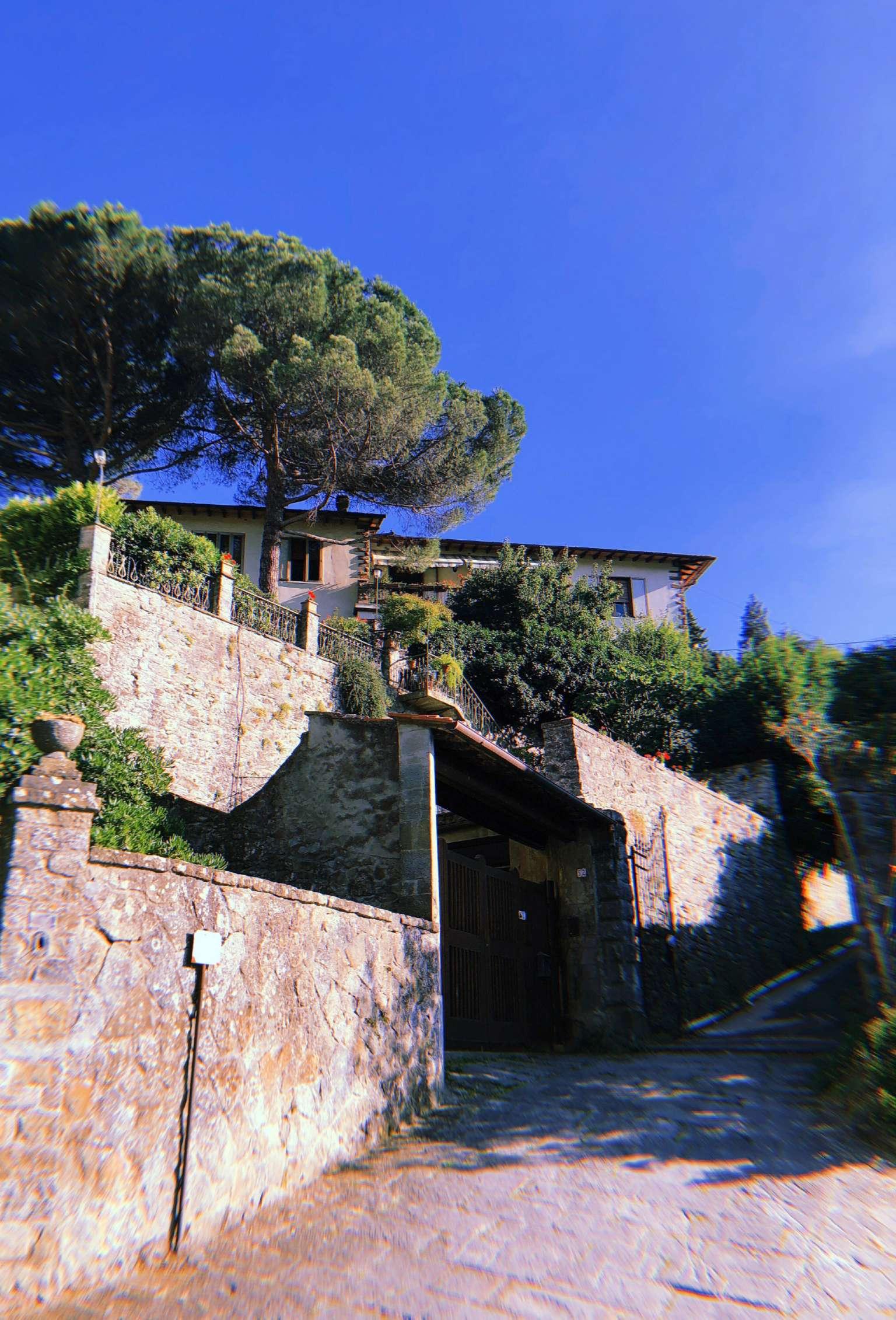 Villa in Vendita a Fiesole Periferia: 5 locali, 500 mq