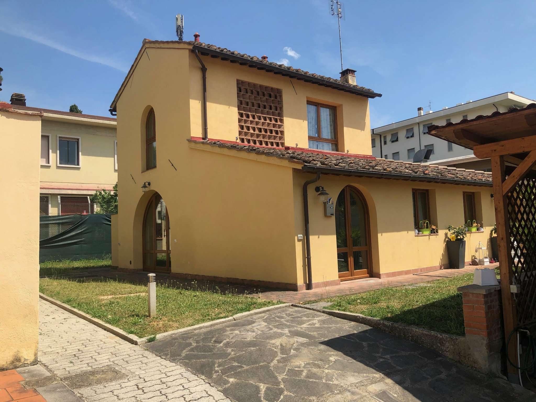 Appartamento in Affitto a Bagno A Ripoli Centro: 2 locali, 40 mq