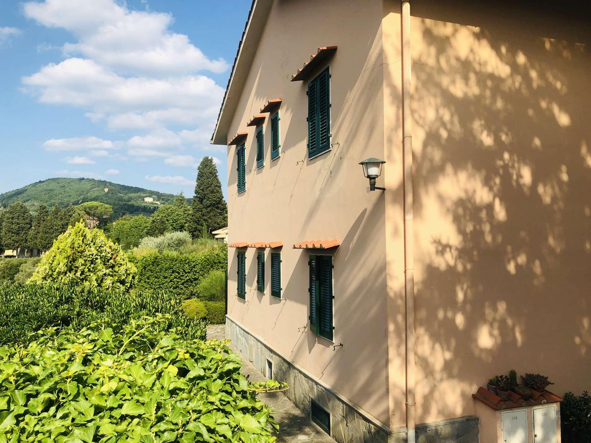 Appartamento in Vendita a Fiesole Centro: 5 locali, 150 mq