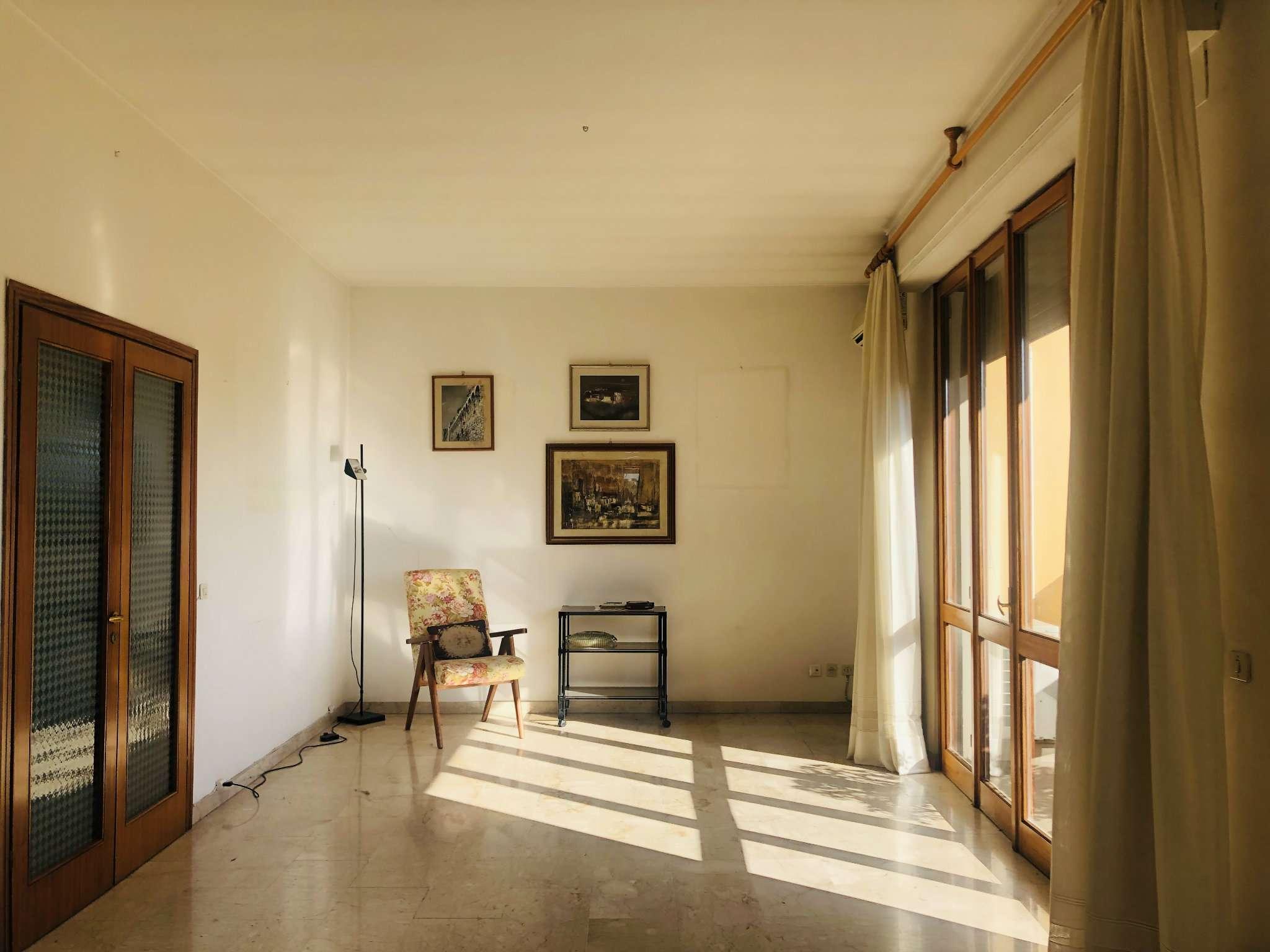 Appartamento in Vendita a Firenze Semicentro Nord: 5 locali, 202 mq