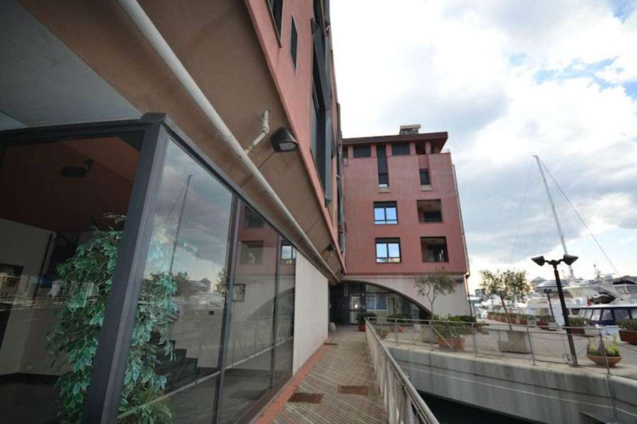Bilocale Genova Ponte Morosini (molo) 12