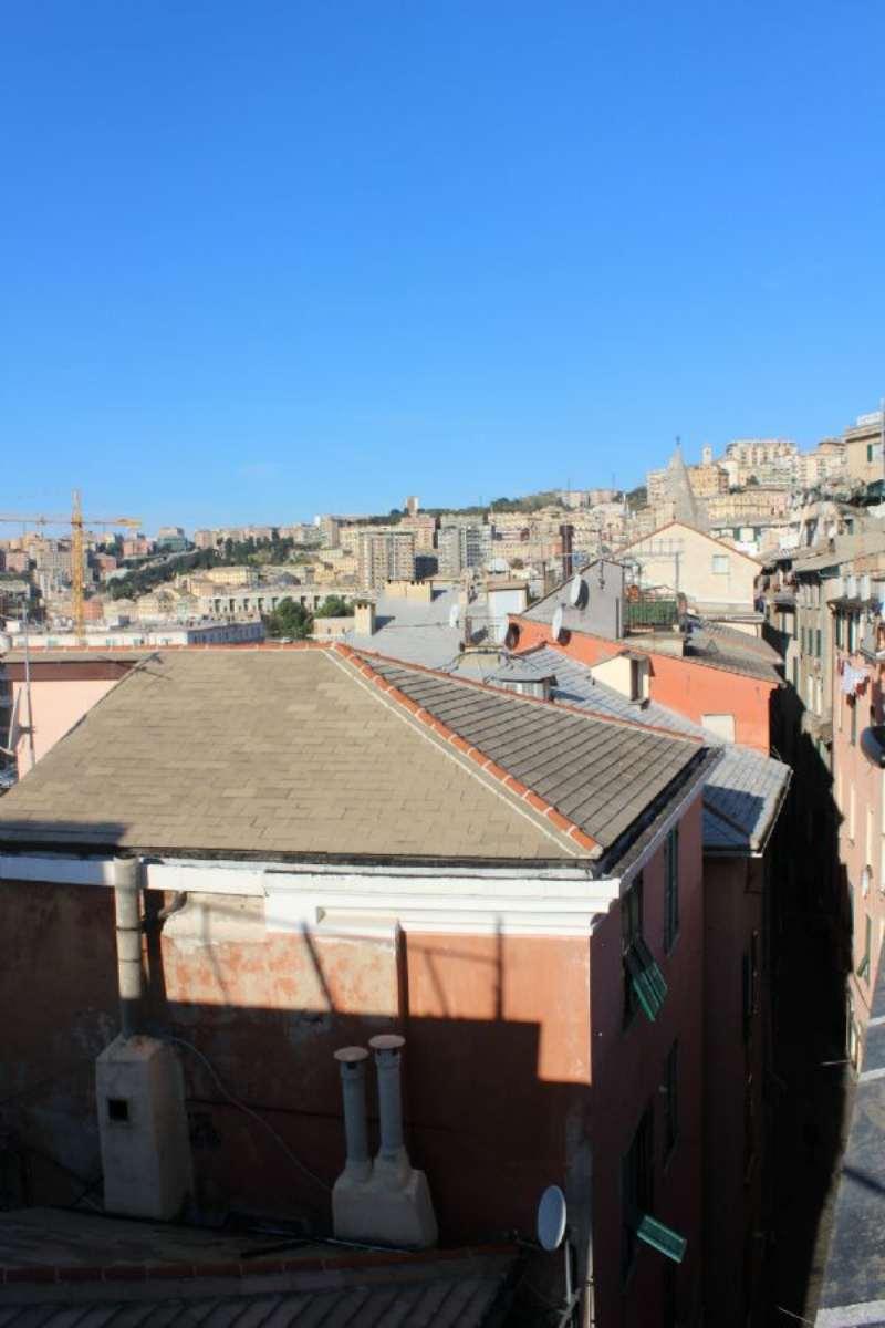 Bilocale Genova Via Prè /commenda 11