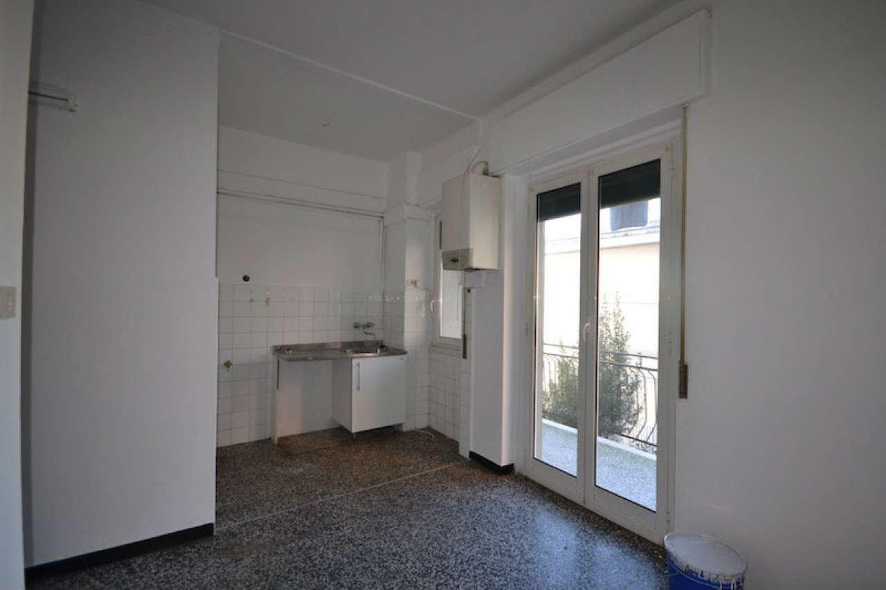 Appartamento in vendita a Campomorone, 4 locali, prezzo € 69.000 | Cambio Casa.it