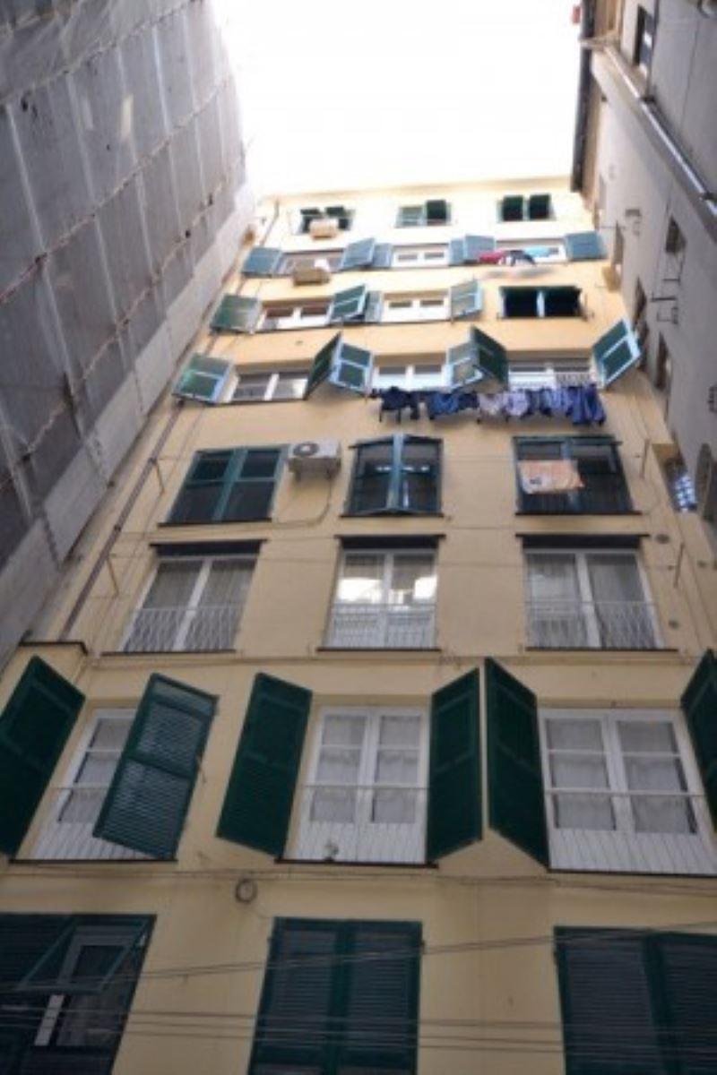 Bilocale Genova Via Dei Conservatori Del Mare 8