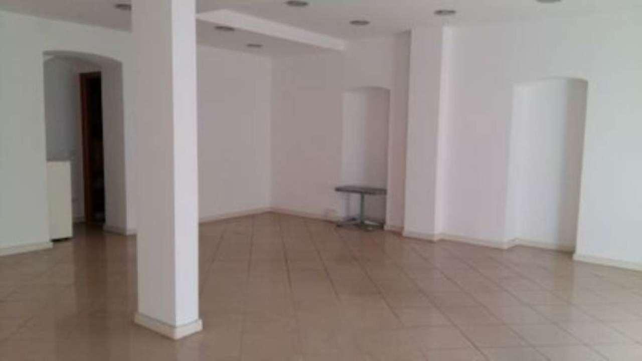 Ufficio / Studio in affitto a Taggia, 1 locali, prezzo € 650 | Cambio Casa.it