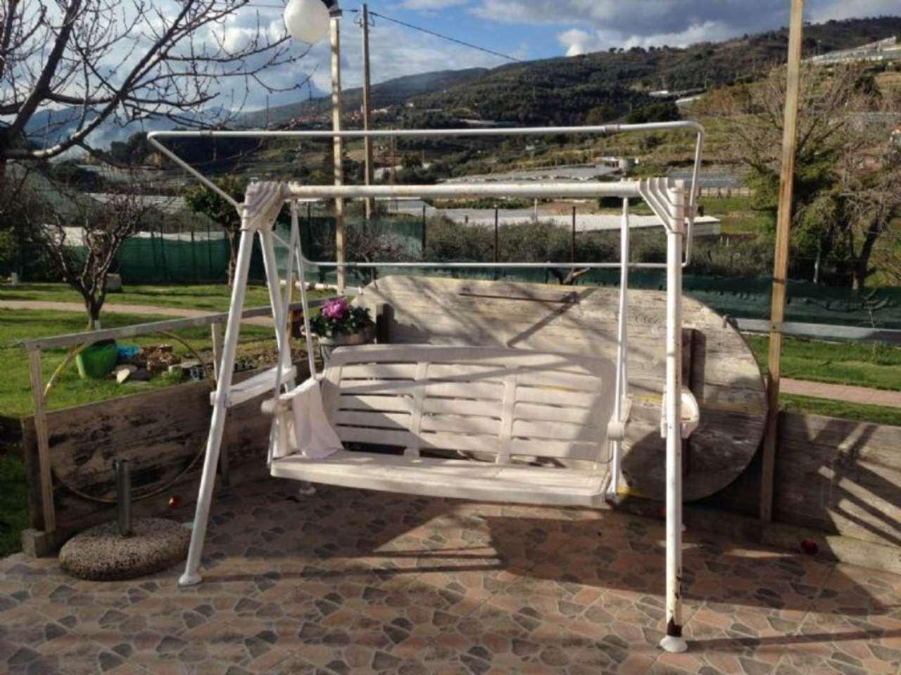 Soluzione Indipendente in vendita a Santo Stefano al Mare, 3 locali, prezzo € 290.000 | Cambio Casa.it