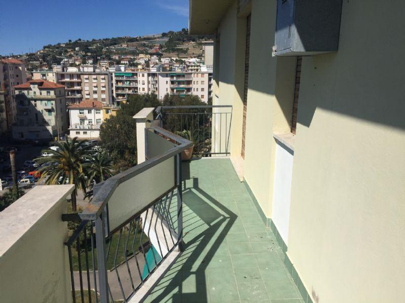 Appartamento in affitto a Taggia, 2 locali, prezzo € 500 | Cambio Casa.it
