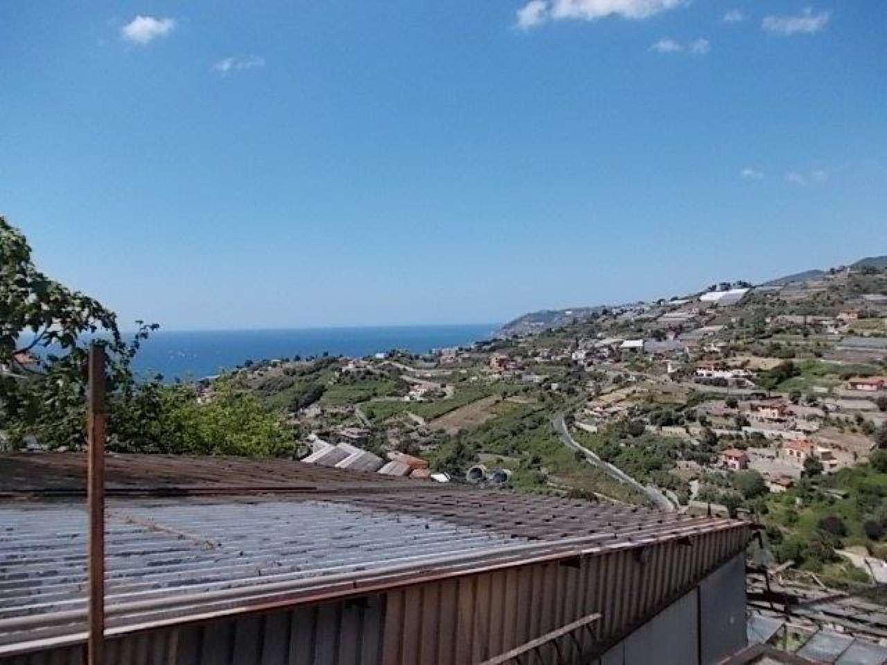 Soluzione Indipendente in affitto a SanRemo, 4 locali, prezzo € 600 | Cambio Casa.it