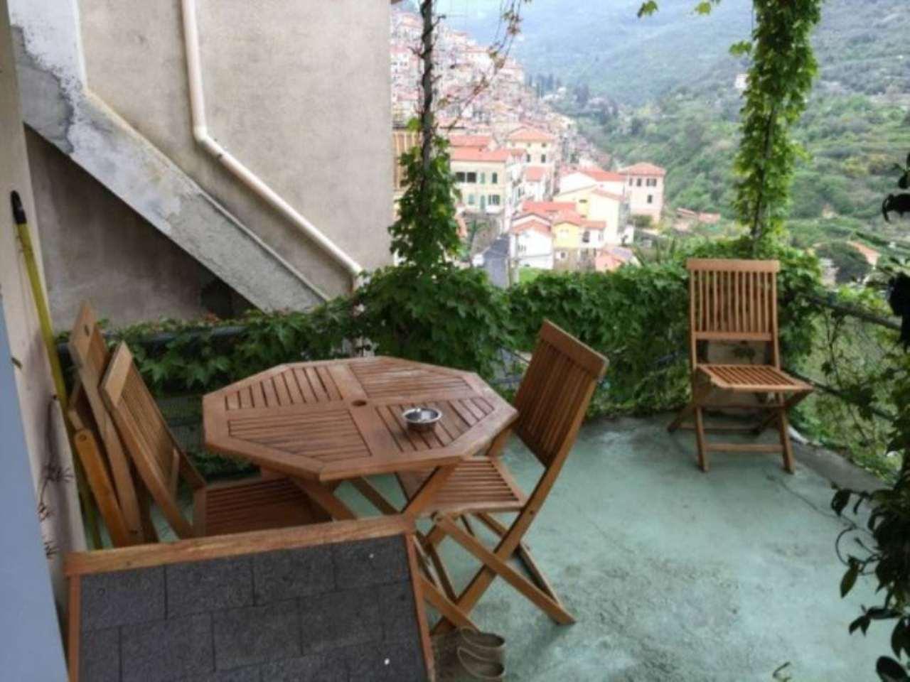 Appartamento in vendita a Ceriana, 3 locali, prezzo € 159.000 | CambioCasa.it