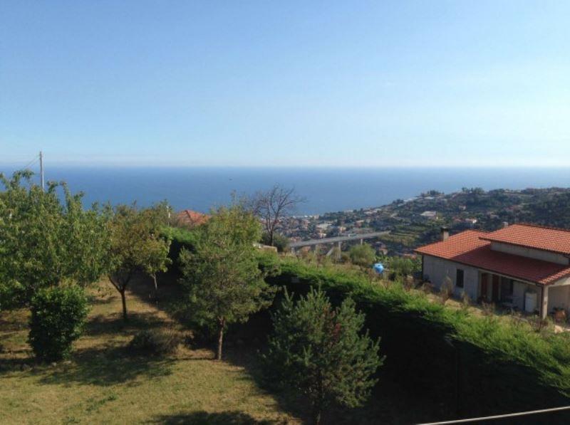 Soluzione Indipendente in vendita a SanRemo, 6 locali, prezzo € 390.000 | Cambio Casa.it